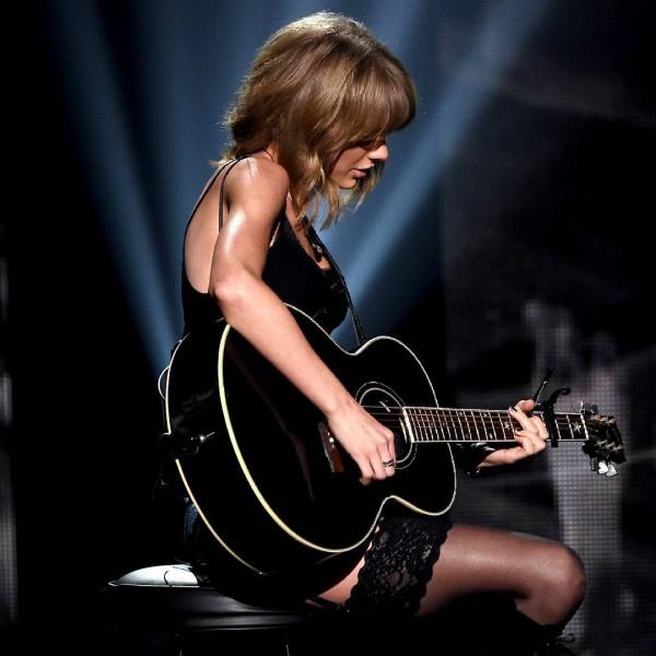 Aký vplyv má Taylor na mladých hudobníkov?