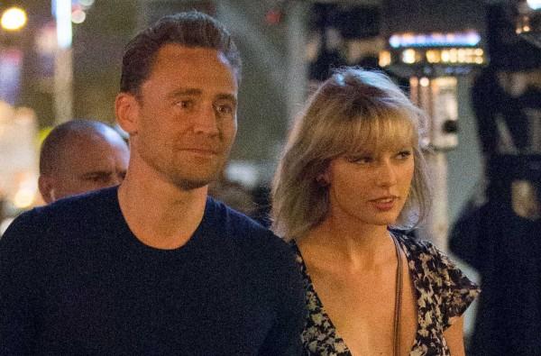 Taylor s Tomom na romantickej večeri v Gemelli