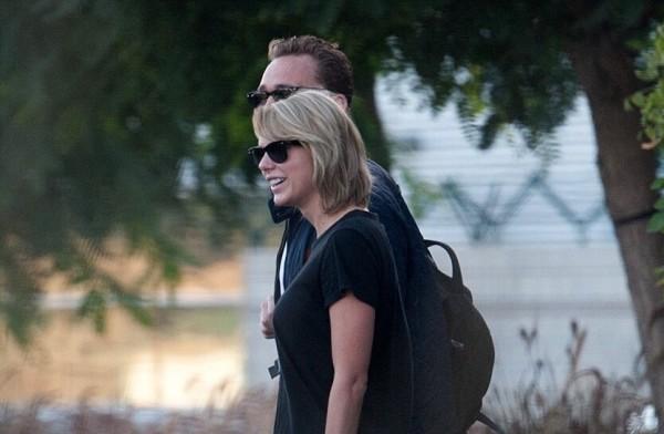 Taylor je späť v LA