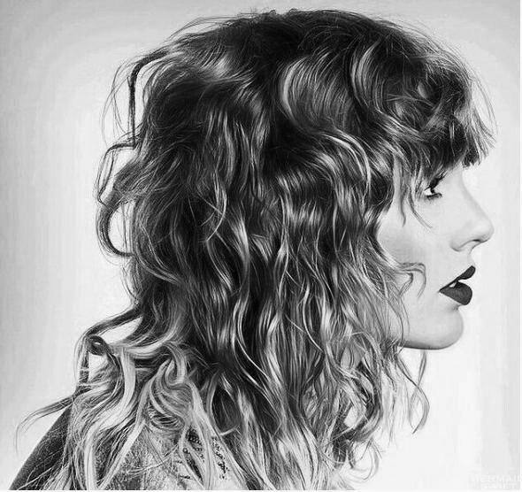 Taylor prepustí hudobné video pre 'DELICATE' na IHEART RADIO MUSIC AWARDS