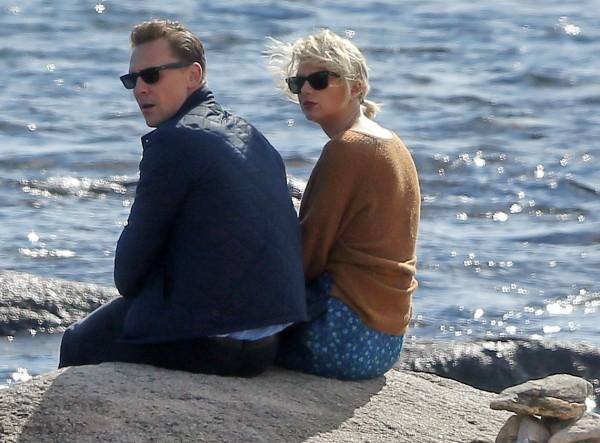 Taylor s Tomom na pláži